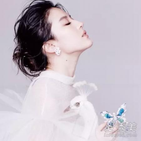 刘亦菲完美比例脸 侧面照美出新高度