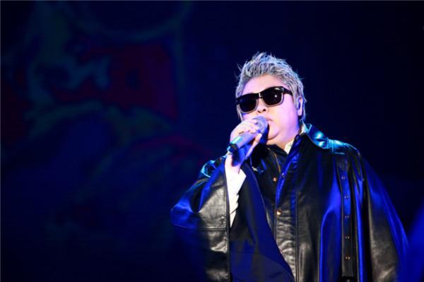 据悉,当天沈梦辰也到场支持韩红演唱会,两人前一天同在湖南卫视跨年图片