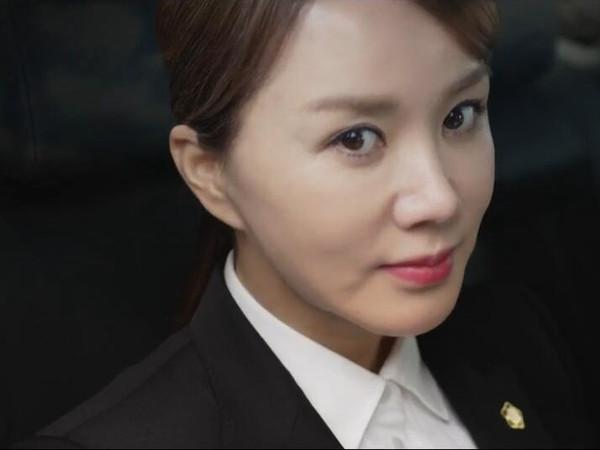 今天看了一部韩国海报名字,电影叫做《高分小姐》,请看妻子.为什么小电影下载不了图片