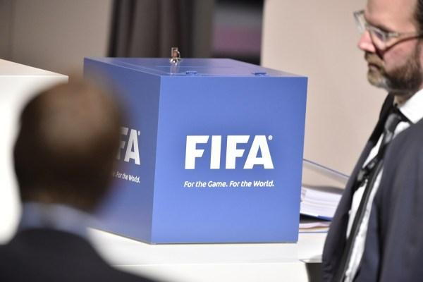 欧足联暂不进行主席选举 全力支持普拉蒂尼上