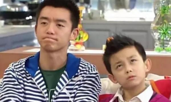 小时候的吴磊就已经很拼了,广告多到数不过来,吃穿住行各类商品基本全