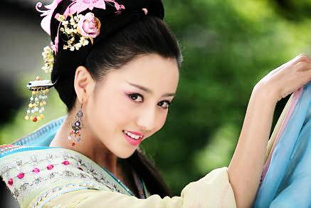 """刘诗诗号称""""小刘亦菲"""""""