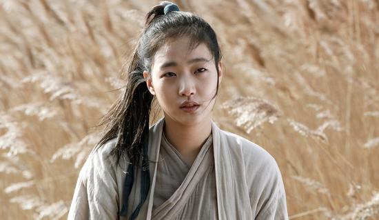 韩娱每周一星:金高银单眼皮的漫画女孩奶酪姉帰图片