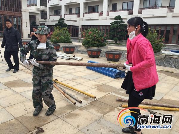 新春走基层:青年志愿者新春坚守岗位别样春节工地过