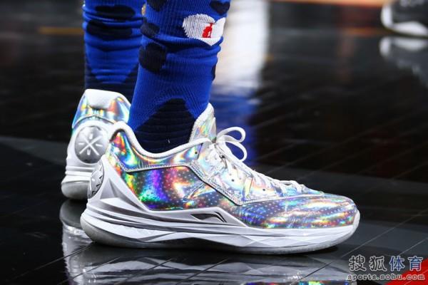 高清:2016年NBA全明星周末正赛球鞋盘点