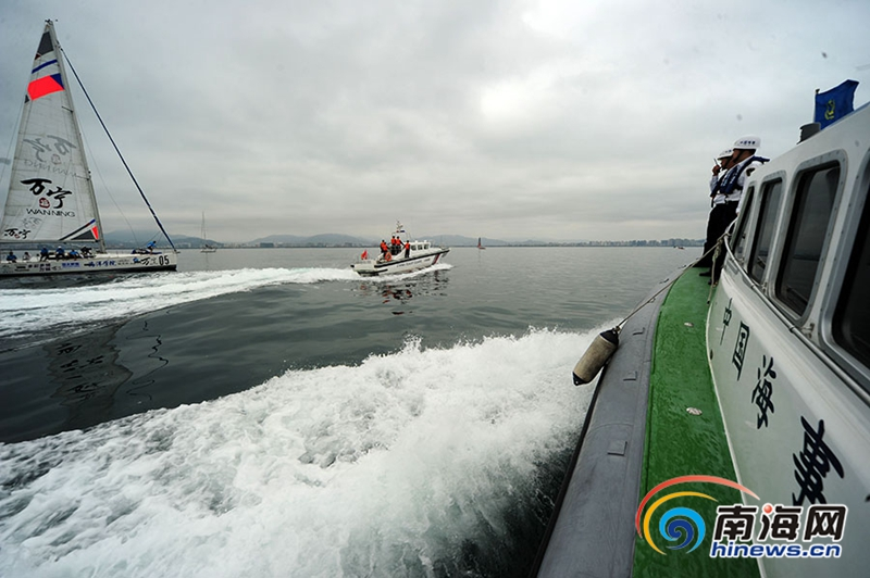高清:2019海帆赛三亚开赛海事海警等多部门护航