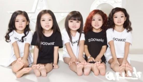 小萝莉组合mini girls爆红 最小仅4岁半