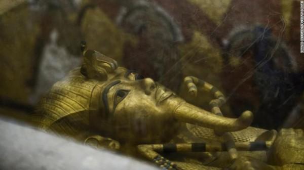 埃及法老王墓中藏密室 或葬有最美艳王后图片