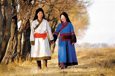 蒙古族服装-一场56个民族的婚礼图片