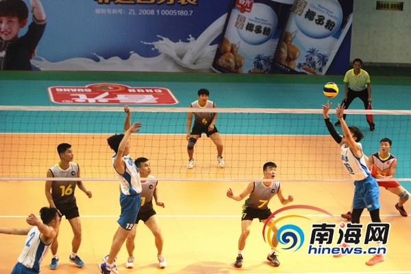 中国大学生排球联赛总决赛开赛 24队文昌争夺桂冠