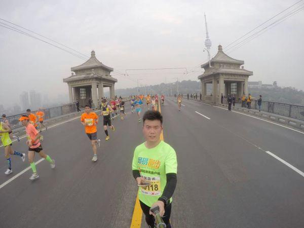 北京时间4月10日,武汉马拉松.-范冰冰武汉马拉松遭围堵离场 自爆曾...图片 28614 600x450