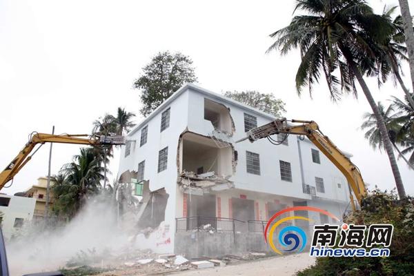 三亚海棠区依法拆除54栋违法建筑总面积2.8万平米