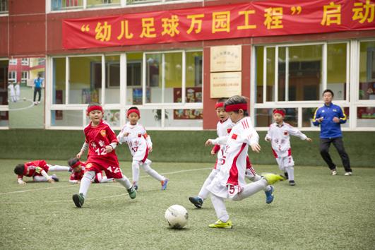 幼儿足球运动将在全国万所幼儿园拓展
