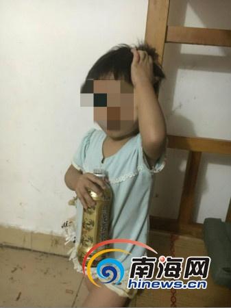 海口3岁女童上街走失秀英派出所4小时帮找到家人