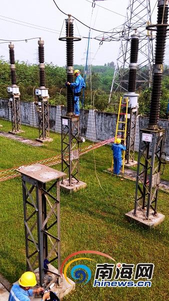 <b>应对持续高温天气海南电网负荷五日内三创新高</b>