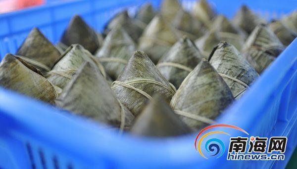 "<b>海南名粽展销会:现场卖了152万187万个被""签""走</b>"