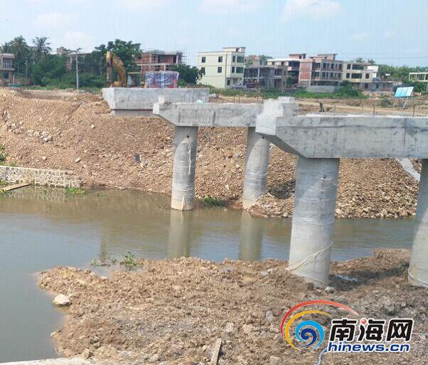 海口百年古桥被拆村民状告施工方争论三年仍无结论