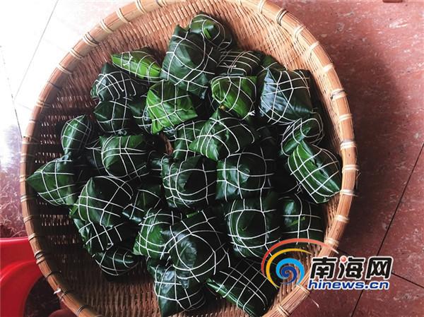 """近一周卖出14000个粽子   """"琼海溜""""微信卖粽成""""网红""""   -海南日报记者"""