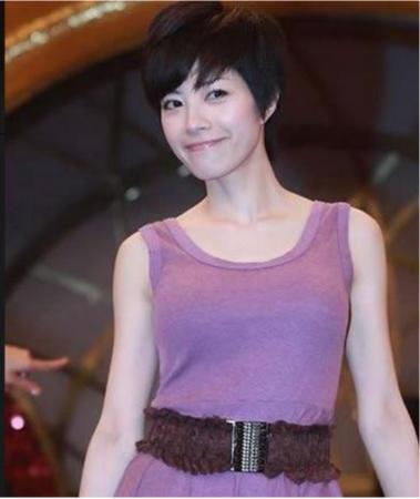 徐怀钰拒绝潜规则遭封10年险自杀