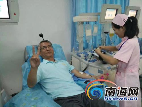 """海南""""献血大王""""19年无偿献血累计献血17万多毫升"""