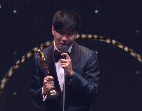 第27届台湾金曲奖颁奖典礼于6月25日在台北小巨蛋举行,林俊杰凭《不为图片