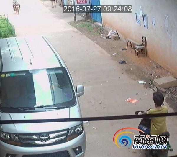 邻里积怨逾10年心结难解澄迈男子小巷被杀警方3小时破案