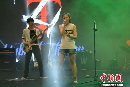 第三届大连高中生音乐节为患举行癌儿童a儿童高中女同和啪学啪啪图片