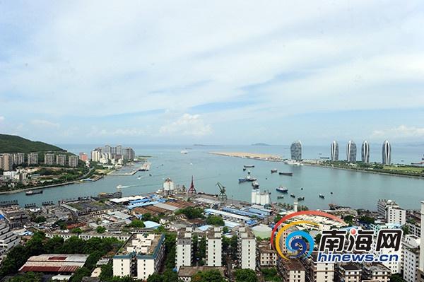 """三亚港""""脱渔""""华丽转身将打造成国际游艇港"""