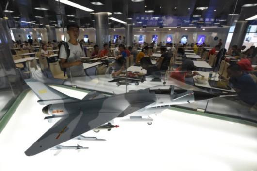 新学期开学,南京航空航天大学利用暑假装修升级的学生食堂重新开放.