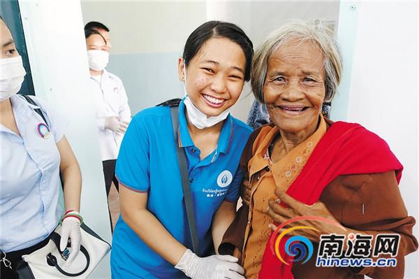 153台白内障复明手术成功海南医护人员广受柬民众赞誉