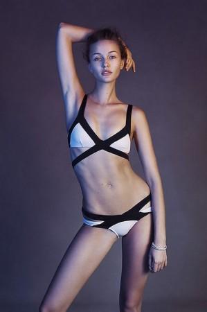 俄罗斯模特克莉斯汀娜海量大片
