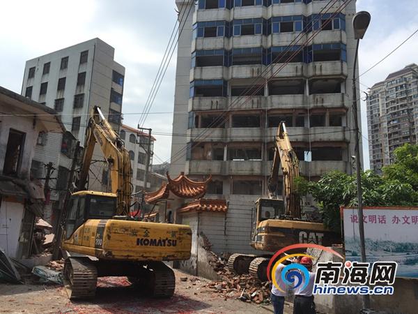 海口面前坡片棚改开展首拆活动将改造为商住两用综合区