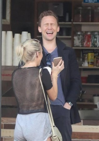 看表情人手机笑到暗恋抖森秒变表情头蘑菇系列劈叉女友包图片