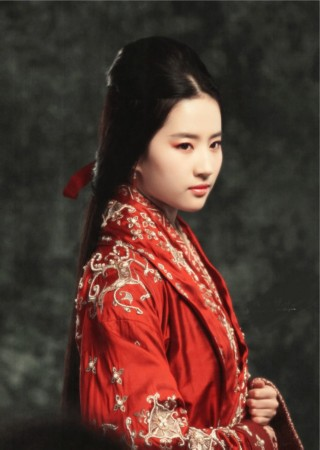 红衣新娘谁最美艳:刘亦菲妩媚范冰冰变路人