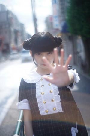 20岁_日本摄影师拍摄20岁少女\