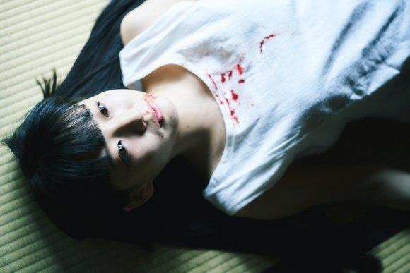 日本摄影师拍摄20岁少女