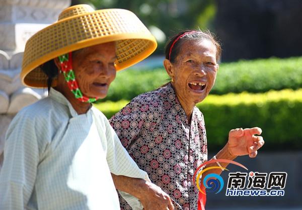 三亚南山长寿文化论坛:专家倡导十大益寿生活行为