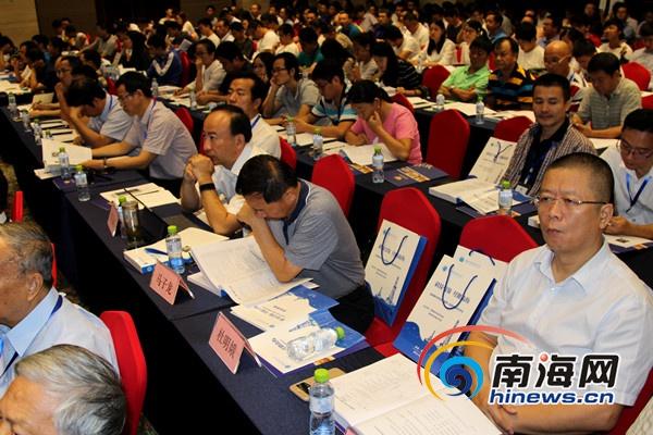 <b>丁德文:中国将在世界上建立起生态文明社会</b>