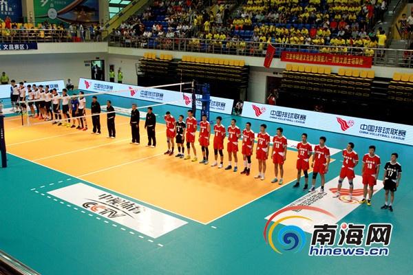 中国男排联赛文昌赛区开赛第一局开局五分钟内双方不分高下