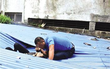 海口女子和老公吵架后从8楼跳下
