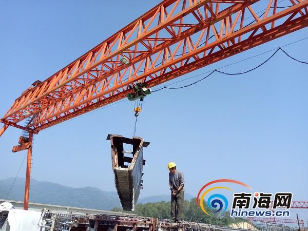 琼乐高速路基施工进入冲刺阶段力争10月全线贯穿