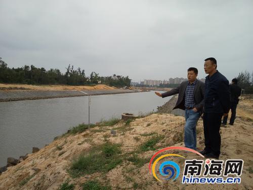 """海口五源河有了""""河长"""" 迎来""""蝶变""""岸边绿地变多"""