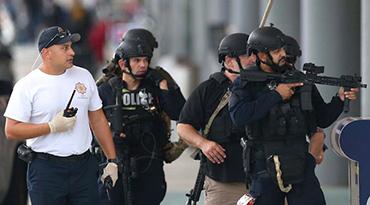 美国佛罗里达州一机场发生枪击案致5死8伤