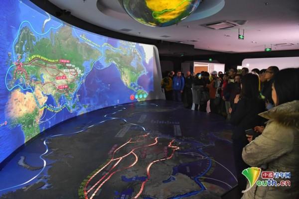 组图:媒体、学者东北行 探寻白山黑水新动能