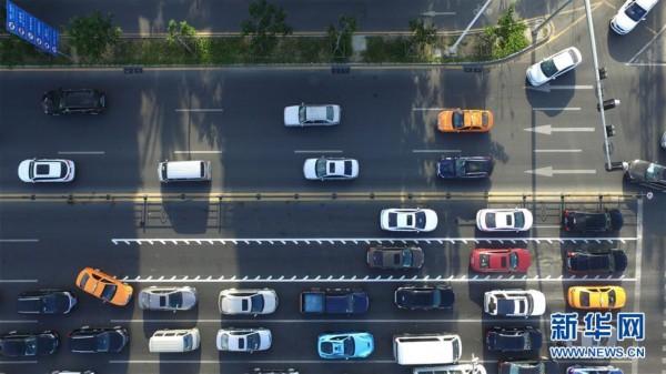 """#(服务)(1)海南三亚建首条""""可变车道"""""""