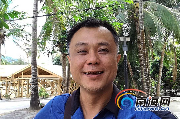 【网络媒体走转改】三亚天涯区驻村书记邱晓宁:把握机会让抱前村更美好
