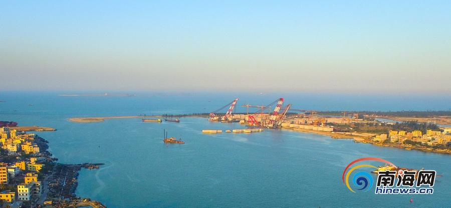 高清组图:航拍海口如意岛跨海大桥一带景观