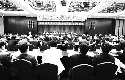 海南省总工会将推进6项任务帮千名农民工圆大学梦