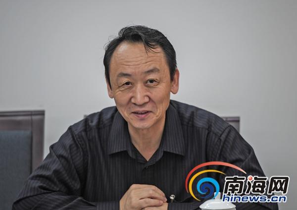 """海南省水务厅厅长王强:6月底全省江河都有""""河长"""""""
