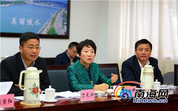 海南省教育厅厅长曹献坤点赞陵水教育发展经验